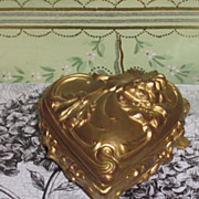 "Exquisite ""HEART NOUVEAU"" Antique 24k Gold Plated Trinket Box!"