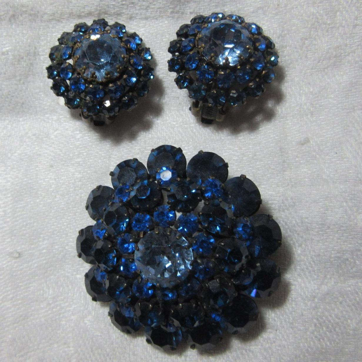 Brilliant Sapphire Blue Rhinestone Brooch Earring Set
