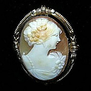 Old Carved Shell Cameo Brooch 10K Gold Fine Jewelry