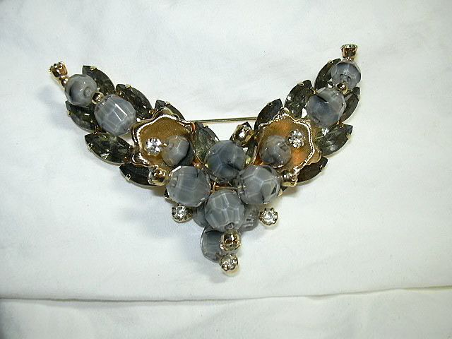 Pearlized Gray Beads & Rhinestone Brooch