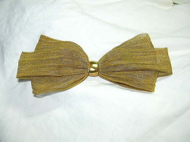 Gold Tone Metal Mesh Bow Tie Brooch Vintage Jewelry