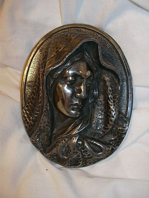 Virgin Mary Silver Head Plaque Medallion Fine Catholic Christianity Religious Metalwork Art