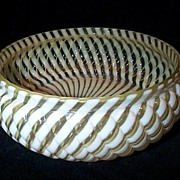 Buckeye Glass Co. Canary Reverse Swirl  Bowl
