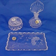 Princess House Heritage  Perfume  Powder & Tray Vanity Set