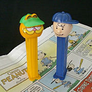 Pair Classic Cartoon Pez Dispensers Garfield & Charlie Brown