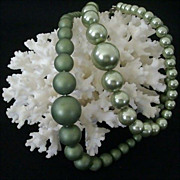 Two Shades of Green Beaded Necklace