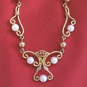 SALE Gold-Filled Lavalier With Imitation Pearls