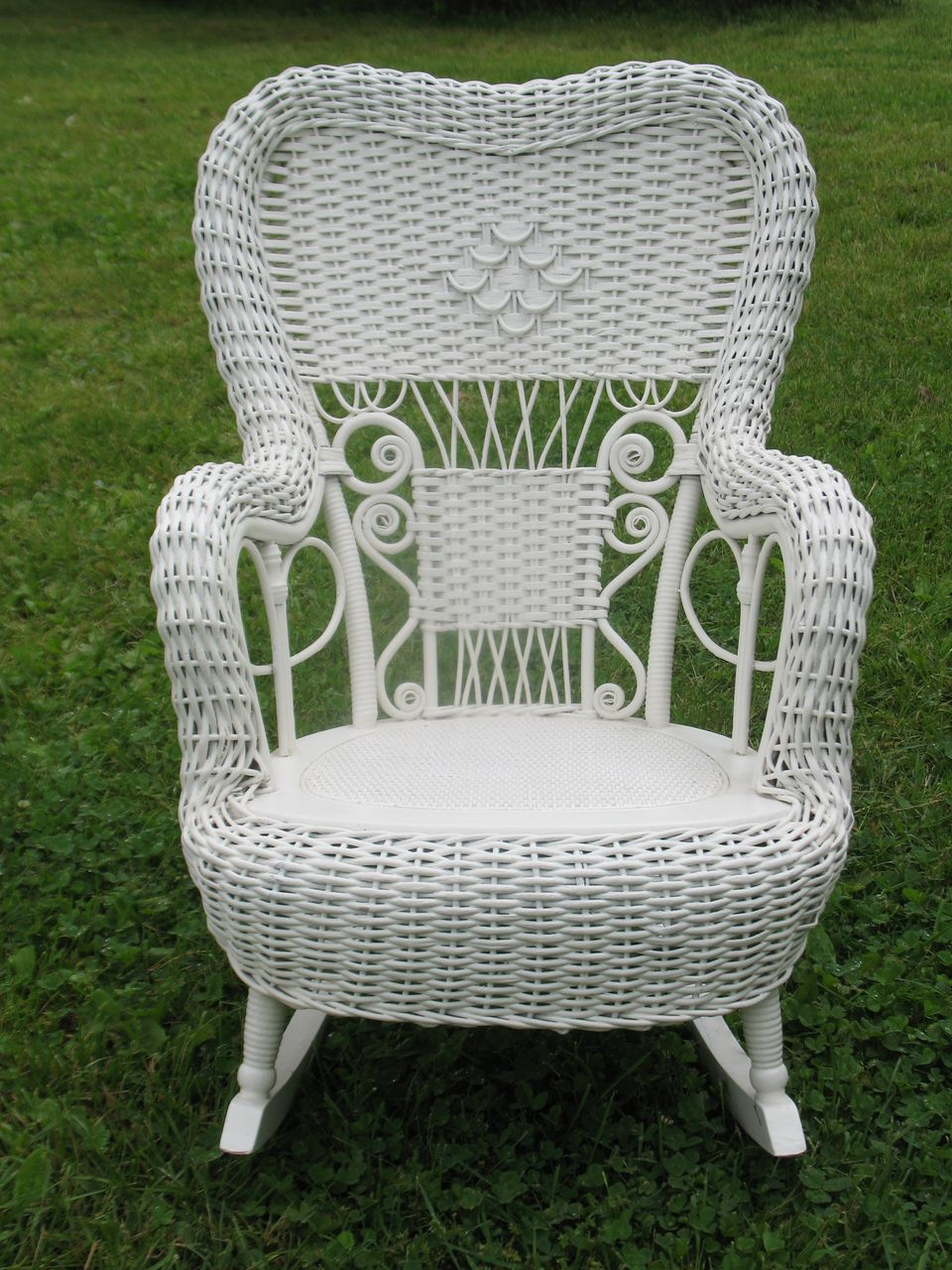 Fancy Victorian Child S Wicker Rocker Heywood Brothers And