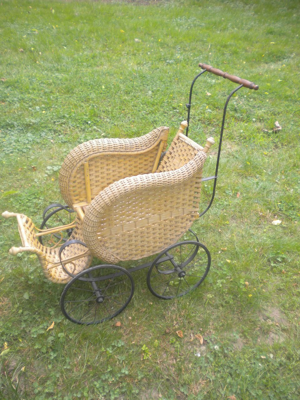 Natural Antique Victorian Wicker Doll Stroller Carriage