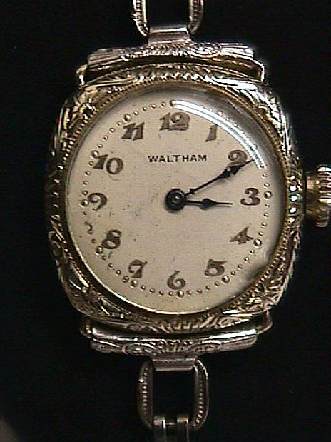 Wristwatch Ladies Waltham 17 Jewels Wrist Watch