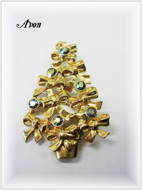 Signed AVON Vintage Christmas Tree Pin w/Rhinestones
