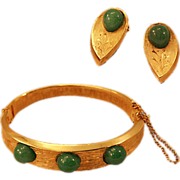 Green Glass Cabochon Hinged Bracelet and Earrings Set ca 1960'a