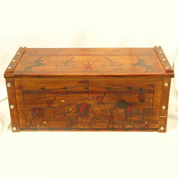 Fun ca 1950s Wooden Toy Box / Chest with Circus Decoration from ...