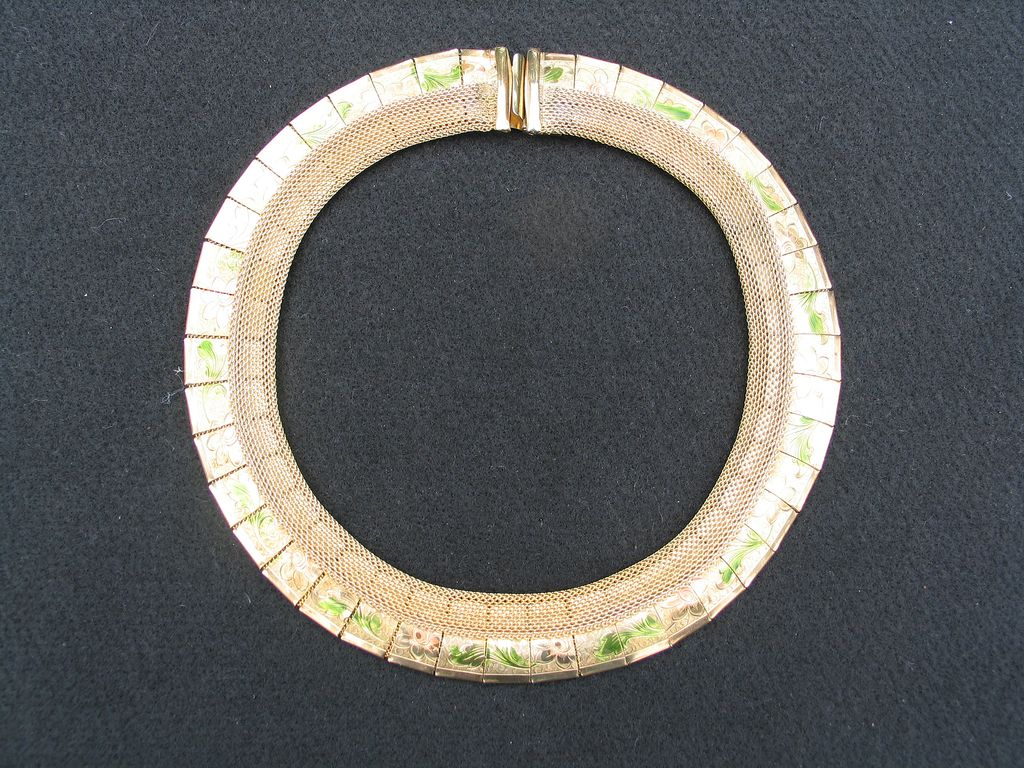 Vintage Hattie Carnegie Mesh Etched Necklace