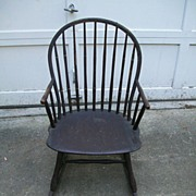 Primitive Windsor Rocker Rocking Chair