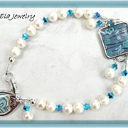 Poetic Charms ~ Freshwater Pearls with Swarovski Crystals and Charm Bracelet