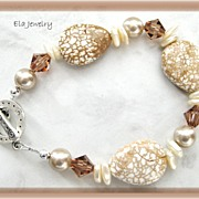 White Turquoise with Swarovski Crystal and Glass Pearl Bracelet