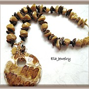 Brown Wood Pendant Necklace