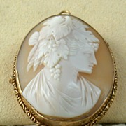 SALE 14K Cameo Brooch