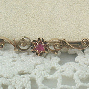 SALE Vintage 14K Spinel Bar Pin