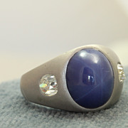 SALE Estate 14KW Star Sapphire and Diamond Ring
