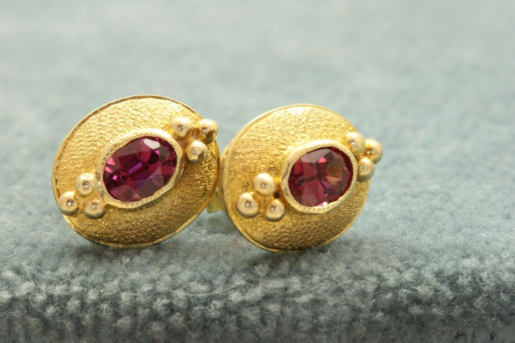 Estate 14K Garnet Earrings