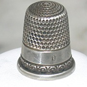 SALE Vintage Sterling size 8 Thimble
