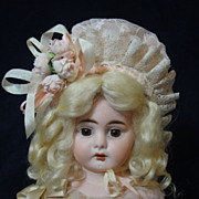 SALE So Very Pretty Silk/Lace Doll Bonnet