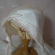 SOLD Sweet Vintage Baby Bonnet-Pale Pink