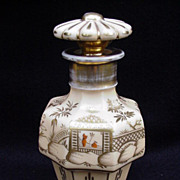 Old Paris Porcelain Scent Bottle with Oriental Reserve, Pagoda