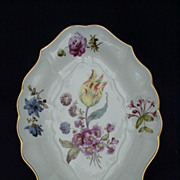 Fabulous Lenox and Smithsonian Collection Meissen Stand Circa 1750