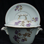 Charles Field Haviland Covered Sauce with Underplate, Twig Handles, Finial on Lid