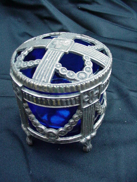 Reticulated Silverplated Potpourri w Pierced Lid, Cobalt Liner