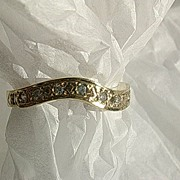 14kt Gold Vintage Multi Diamond Wave Ladies Sporty Ring