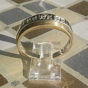 10-14kt Unisex Vintage Multi Diamond Band