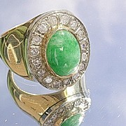 14kt Vintage Unisex Vibrant Green Jade/Multi Diamond Ring