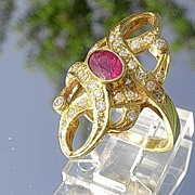 14kt Yellow Gold Vintage Ruby/Multi Diamond Ladies Ring