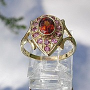 14kt Vintage Multi Garnet Ladies Ring