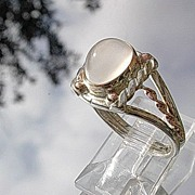 Sterling Silver/9kt Pink Gold Moonstone Ladies Ring