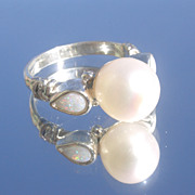 Sterling Vivacious Opal/Pearl Ladies Ring
