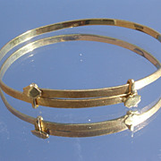 18kt Shimmery Gold Bangle Bracelet