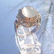 Sterling/9kt Light Grey Cabochon Moonstone Ladies Ring