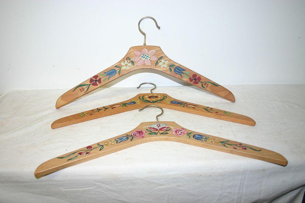 shop clothes hanger