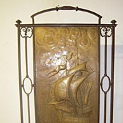 An Rare Antique Quality Hand Wrought Iron Fire Place Screen with inside hand hammered brass me