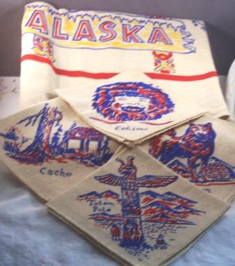 WONDERFUL Vintage STATE Tablecloth ALASKA with Napkins Mint in Box with Original Paper Label!