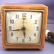 "Vintage TELECHRON Wood Clock with Alarm Model 7H209 ""Gracewood"" Mint Original Label!"