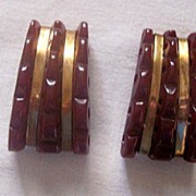 GORGEOUS Vintage BAKELITE Dress Clips Carved with Brass Trim Pair