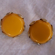 SALE FABULOUS Vintage BAKELITE Earrings with Brass Trim Clip on Style