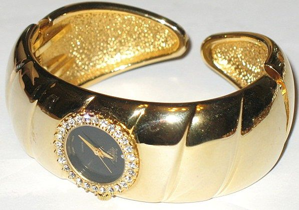 1970s Vintage Jewels By Park Lane Hinged Cuff Bangle Watch