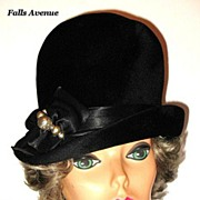 1960s Vintage Hat Black Beaver Fur  Hat with Bow & Faux Pearls